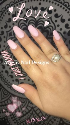 It& important to maintain the fashion and popularity of nails. In order to achieve your style in this spring, there is no better choice than coffin nails. Coffin nails can be short or long. Long coffin nails are bold and fashionable. The coffin nail Summer Acrylic Nails, Cute Acrylic Nails, Gel Nails, Nail Polish, Nail Summer, Pink Summer, Nail Colors For Spring, Acrylic Nails Designs Short, Fake Nail Designs
