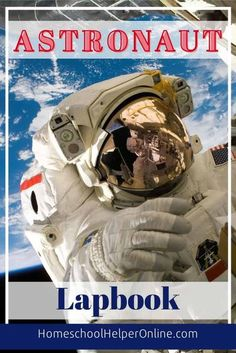 This free astronaut lapbook teaches your student about life in space. Learn what astronauts have to wear, what they eat, and more. #lapbooking #learningfolder #astronauts #homeschool #homeschoolhelperonline | HomeschoolHelperOnline.com Homeschool Curriculum, Homeschooling, Lap Book Templates, Life In Space, Effective Teaching, Science Notebooks, Astronauts, Book Of Life, Student