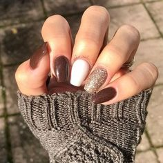 Simple Fall Nails, Simple Acrylic Nails, Fall Acrylic Nails, Dip Nail Colors, Nail Color Combos, Gorgeous Nails, Love Nails, Pretty Nails, Coffin Nails Ombre
