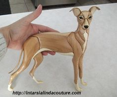 Lévrier italien - whippet Intarsia Wood, Intarsia Patterns, Wood Carving Patterns, Scroll Saw Patterns, Wood Creations, Custom Stamps, Pumpkin Carving, Wood Crafts, Wood Projects