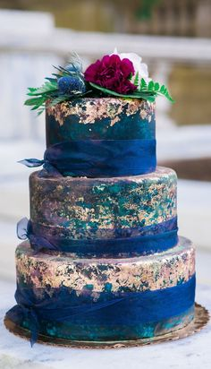 Fall Wedding Color Schemes Top 9 Fall Wedding Color Schemes for blue and gold wedding cake with tulle ribbon and plum flower topper<br> Jewel Tone Wedding, Gold Wedding, Dream Wedding, Jewel Wedding Cake, Wedding Shit, Tulle Wedding, Wedding Bells, Wedding Stuff, Fall Wedding Colors