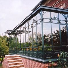 Pergola With Metal Roof Home Greenhouse, Greenhouse Plants, Extension Veranda, Metal Arbor, La Cascade, Victorian Conservatory, Glass Room, Garden Gazebo, Cold Frame