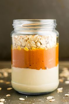 Pumpkin Spice Latte Protein Overnight Oats -- so easy & 16g of protein! And these taste just like the Starbucks drink!