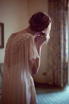 espalda vestido novia capa superpuesto encaje botones peinado trenza blog novia