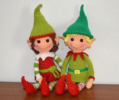 Make It: Christmas Elves - Free Crochet Pattern Crochet Crafts, Crochet Dolls, Crochet Projects, Amigurumi Patterns, Amigurumi Doll, Crochet Patterns, Crochet Santa, Holiday Crochet, Free Crochet