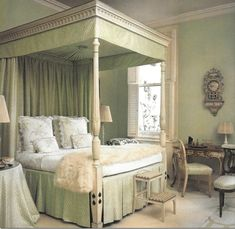 The History of D. Porthault: Iconic Home Couture: Lee Radziwill's bedroom. Image via Cote de Texas.