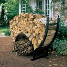 Log Rack - this shape adds visual impact along with its practical aspects; the lower section is for kindling. Firewood Storage, Firewood Rack, La Forge, Wood Store, Iron Work, Metal Projects, Interior Exterior, Creative Home, Blacksmithing