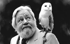 Book Writer, Book Authors, Books, The Durrells In Corfu, Gerald Durrell, People Of Interest, Portraits, Pet Birds, Famous People