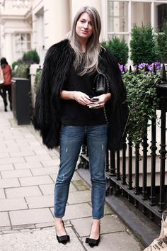 Sarah Harris Vogue editor - gray hair  (This is my big eff you to people who say that you have to be old to have gray hair and that you can't still be stylish.)