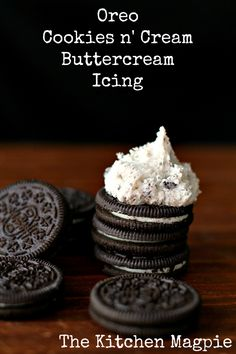 Oreo Cookies n' Cream Buttercream Icing | The Kitchen Magpie #recipe #frosting #Oreos