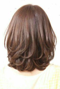 Medium Hair Cuts, Short Hair Cuts, Medium Hair Styles, Curly Hair Styles, Braided Prom Hair, Simple Prom Hair, Layered Haircuts, Hair Hacks, Hair Tips