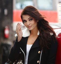 Check Out This Stunning New Stills Of #AishwaryaRaiBachchan From…