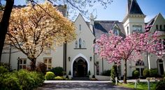 Glen-Yr-Afon House Hotel Usk A haven of peace and tranquillity, this beautiful Victorian villa is ideally located in the lovely county of Monmouthshire, South Wales, overlooking the banks of the River Usk.
