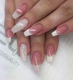 french nails shellac Simple - DIY French Nail Tips At Home Chrome Nails Designs, Acrylic Nail Designs, Nail Art Designs, Cute Nails, Pretty Nails, My Nails, French Tip Nail Art, Graduation Nails, Best Acrylic Nails