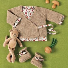 cache-coeur-chaussons-bebe