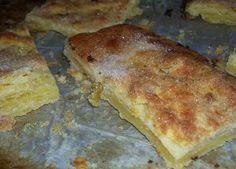 """LE POUMPET Venir dans le sud du Tarn et ne pas avoir entendu parlé du """"POMPET"""" est une chose inconcevable! Mais c'est quoi LE POUMPET? C'est un gâteau de forme rectangulaire assez plat à base de pâte feuilletée, sucré, parfumé au citron et à la bergamote...."""