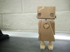 Woodworking Projects For Kids, Wood Projects, Toy Story Crafts, Recycled Robot, Junk Art, Kids Wood, Wooden Crafts, Wood Toys, Handmade Design
