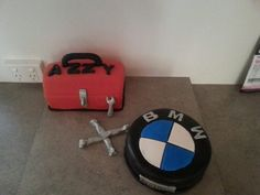 tool box cake and bmw tyre with tools