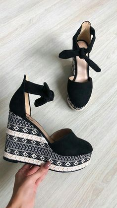 Wedges for ladies, inside a large choice of on-trend styles. Cc Shoes, Wedge Shoes, Black Shoes, Me Too Shoes, Shoes Heels, Pretty Shoes, Beautiful Shoes, Dream Shoes, Fashion Shoes