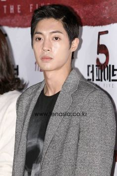 HJ at the VIP movie premier of  'The Five' 131108