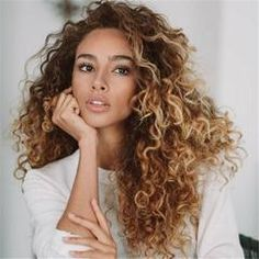 Long Curly Hairstyles and Colors 2019 long curly hairstyles; trendy hairstyles and colors side part long curly hair; middle parted long curly hairlong curly hairstyles; trendy hairstyles and colors side part long curly hair; middle parted long curly hair Curly Wigs, Long Curly Hair, Big Hair, Human Hair Wigs, Updo Curly, Color For Curly Hair, Curly Hair Girls, Highlights On Curly Hair, Middle Part Curly Hair