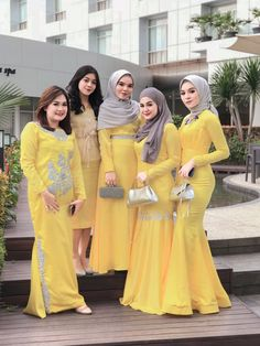 Image may contain: 5 people, people standing Hijab Dress Party, Hijab Style Dress, Casual Hijab Outfit, Dress Outfits, Kebaya Dress, Dress Pesta, Muslim Fashion, Hijab Fashion, Fashion Dresses