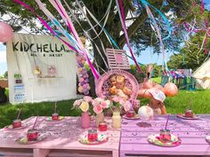 The guests of honor! snippets of our their gorgeous kidchella party and our hire range. Tap photos for vendors. Coachella Party Theme, Coachella Birthday, Festival Themed Party, Cochella Theme Party, 1st Birthday Themes, 4th Birthday Parties, Decor Wedding, Wedding Colors, Wedding Flowers