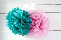 how to make tissue paper pom poms image Tissue Pom Poms, Tissue Flowers, Paper Pom Poms, Paper Flowers Diy, Diy Paper, Paper Crafts, Diy Crafts, Tissue Paper, Pom Pom Decorations