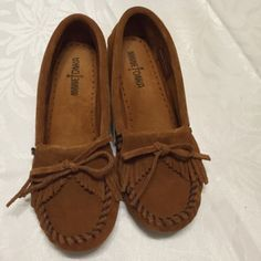 Minnetonka moccasins Brown leather Minnetonka moccasins  Perfect for day time wear, shopping, the park or coffee. Minnetonka Shoes Moccasins