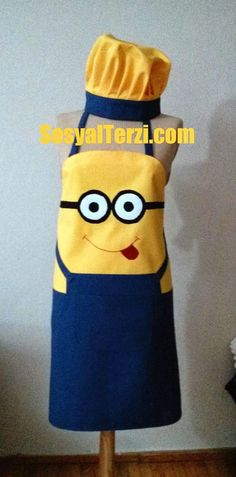 Minion apron my daughter would love Sewing Hacks, Sewing Crafts, Sewing Projects, Sewing Aprons, Sewing Clothes, Love Sewing, Sewing For Kids, Childrens Aprons, Cute Aprons