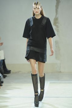 Hexa by Kuho RTW Spring 2014 - Slideshow - Runway, Fashion Week, Reviews and Slideshows - WWD.com