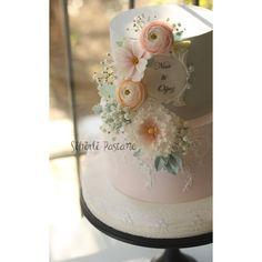 Pembeli Grili Nişan Pastası #butikpasta #butikkurabiye #instacake #instadaily #wedding #nisanpastası #cakestagram #porcelanafria #rose #sekerhamuru #tortas #kuchen #romantic #picoftheday #sugarflowers #sugarart #caketopper #istanbulpasta #instalike #creativecakes #sugarcraft #cakeartist #cakeart #weddingcake #organizasyon #istanbulwedding
