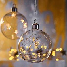 Da hat sich die Lichterkette aber einen schönen Ort gesucht #Deko #Weihnachten