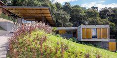 Casa em Santo Antônio do Pinhal / H+F Arquitetos