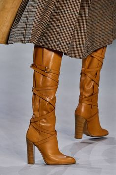 Celine Autumn/Winter 2019 Ready-To-Wear | British Vogue Beautiful Shoes, Cute Shoes, Me Too Shoes, Vogue Photography, Bootie Boots, Knee Boots, Thigh High Boots, Fall Winter, Autumn