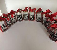 TODAVÍA ESTÁS A TIEMPO! Kongalactic generando bonitas y económicas opciones para que regales en estas fechas de navidad y Año Nuevo! 🎅🏼🎄Alcancias con mensajes personalizados! 💰 Info y cotizaciones 3103839157 #alcancias #navidad #decor #decoracion #souvenir #frasco #personalizado #plata #ahorro #design #diseño #decal #newyear #vinilodecorativo #viniloadhesivo #cali #jamundi #palmira #regalo #deseos #wishes #crhistmas #vinilo #sticker #mensaje #quotes #añonuevo