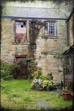 Eyam Hall Eyam Derbyshire UK Love Derbyshire UK