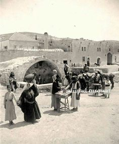 عين العذراء في مدينة الناصرة - فلسطين 1890م  Eyes of the congregation in the city of Nazareth - Palestine 1890 m