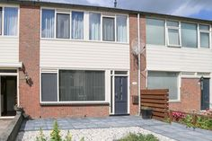 Eengezinswoning, Tussenwoning #tekoop: Zenegroen 191 in #Leeuwarden http://m.woonaccent.nl/aanbod/woningaanbod/presentatie/?objectId=2675107