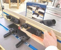 Table saw router extension delta 36 725 by ericlew lumberjocks improve your router table with these tips from binks woodworking keyboard keysfo Gallery