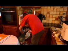 Hommes et femmes devant les tâches ménagères - YouTube