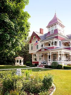 Architecture Design, Victorian Architecture, Beautiful Architecture, Beautiful Buildings, Beautiful Homes, Victorian Porch, Victorian Style Homes, Folk Victorian, Modern Victorian
