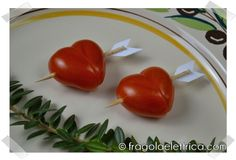 """Camosciamo con i """"Cuori di Cupido"""" #pomodorini ripieni con Camoscio d'Oro #formaggio #spalmabile #camosciodoro #receipe #food #deliciousfood #camosciare #piccolipiaceri Grazie a Fragola Elettrica!"""