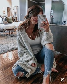 Casual fashion winter outfits ideas for women 18 - www. Casual Winter Outfits, Winter Outfits For Teen Girls, Winter Fashion Casual, Winter Chic, Autumn Winter Fashion, Trendy Outfits, Easy Outfits, Cozy Fashion, 80s Fashion