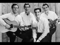 Legends: The Four Seasons from left Tommy De Vito, Frankie Valli, Bob Gaudio and Nick Massi 60s Music, Music Sing, Rock Music, Jersey Boys, Bob Gaudio, Tommy Devito, Frankie Valli, Grunge, Musica