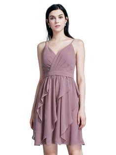 be8e18b4ee2d 24 úžasných obrázkov z nástenky Ružové spoločenské šaty
