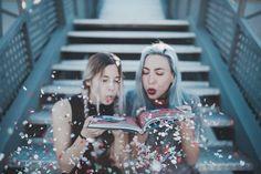 """8,890 Me gusta, 129 comentarios - Giovanna Bravar (@gio_bravar) en Instagram: """"¡HA LLEGADO EL GRAN DÍA! Hoy sale oficialmente nuestro libro #TheOtherSide  ¡No sabéis los fakin…"""" Le Happy, Around The Corner, The Most Beautiful Girl, Tumblr Girls, Atc, Bookstagram, Street Photography, Best Friends, Friendship"""
