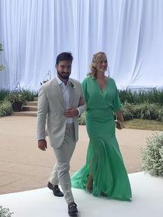 Brasília - Brazil A madrinha Marcella Borges veste @PriscillaFrança #PriscillaFrança #wedding #amandaesandro