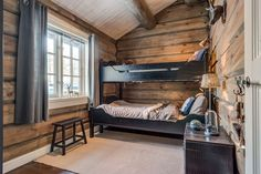 Cabin style ☆ bedroom inspo ☆ cabin homes, cabin bunk beds и Modern Cabin Interior, Cabin Interior Design, Farmhouse Interior, Modern Cabin Decor, Cabin Bunk Beds, Bunk Beds With Stairs, Home Renovation, Tiny House, Mountain Cabin Decor