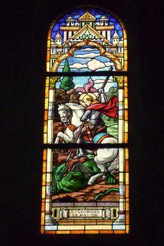 Bleiglasfenster in der katholischen Pfarrkirche Notre-Dame-du-Rosaire in Saint-Ouen, hl. Georg, DELABRE 1916 St. Ouen